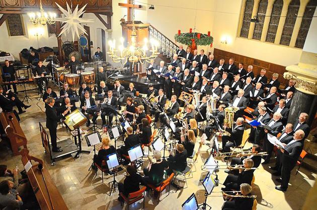 posaunenchor-der-erloeserkirche-und-gronauer-maennerchor-in-der-stadtkirche-ein-packendes-konzert_image_630_420f_wn
